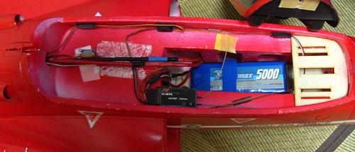FLY FLY BaE Hawk (Red Arrow) 90mm EDFの内部
