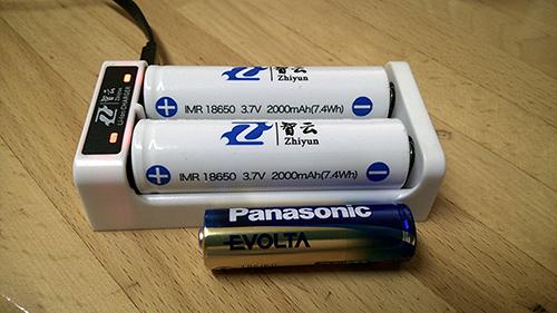 Zhiyun Z1-EVOLUTION 電池(リチウムイオン 3.7V 2000mAh×2)